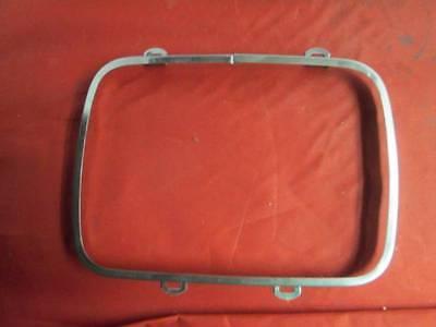Headlamp Retainer Ring fits Jeep Cherokee XJ Wrangler YJ 56001260 Crown