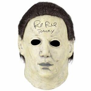 Paul-Rudd-Dedicace-Halloween-The-Curse-De-Michael-Myers-Masque
