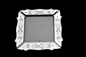 Vintage Style Vénitien gravé floral verre miroir 5 x 5 photo frame Beveled Edge