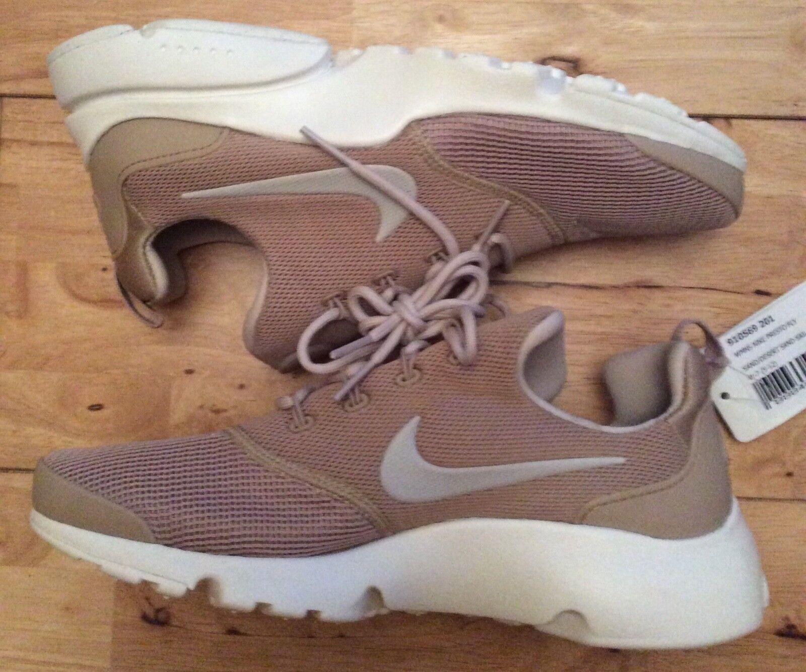 damen's Nike Presto Fly Sand  UK4.5 EU38 US7  Sample schuhe 910569-201