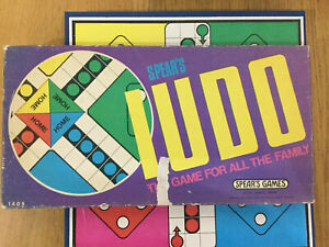 Vintage-Spears-Ludo-Board-Game