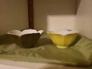 VINTAGE-Tulip-JAPANESE-NESTING-BOWLS-Yellow-amp-Brown-Halls-Ceramic