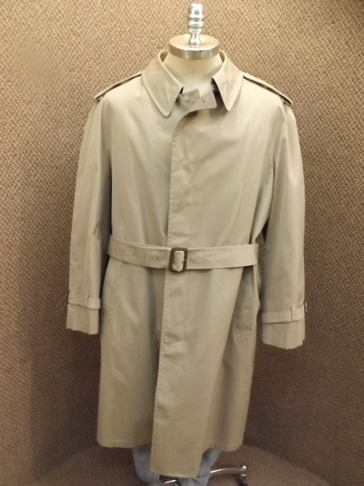 Classy Vintage London Fog Belted Spy Trench Coat Zip Out Quilted Lining Mens 46R