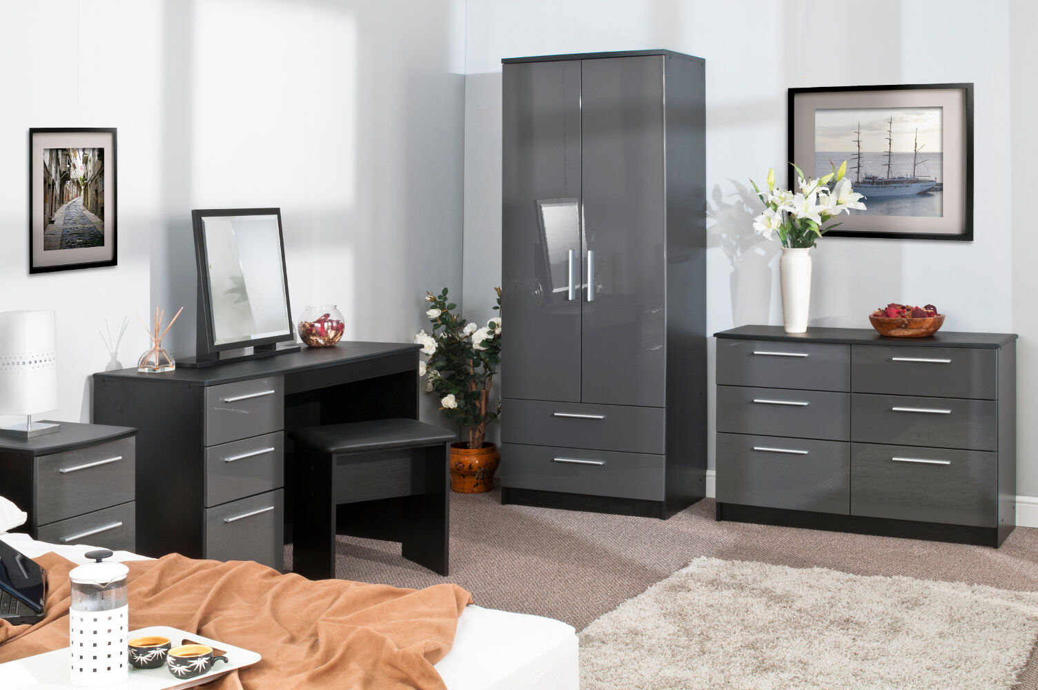 bedroom furniture high gloss grey on black wardrobe chest bedside drawers ebay. Black Bedroom Furniture Sets. Home Design Ideas