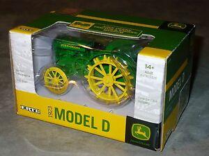 1/32 1923 Spoker Model D Toy Tractor JOHN DEERE TRACTOR & ENGINE MUSEUM Ed Ertl