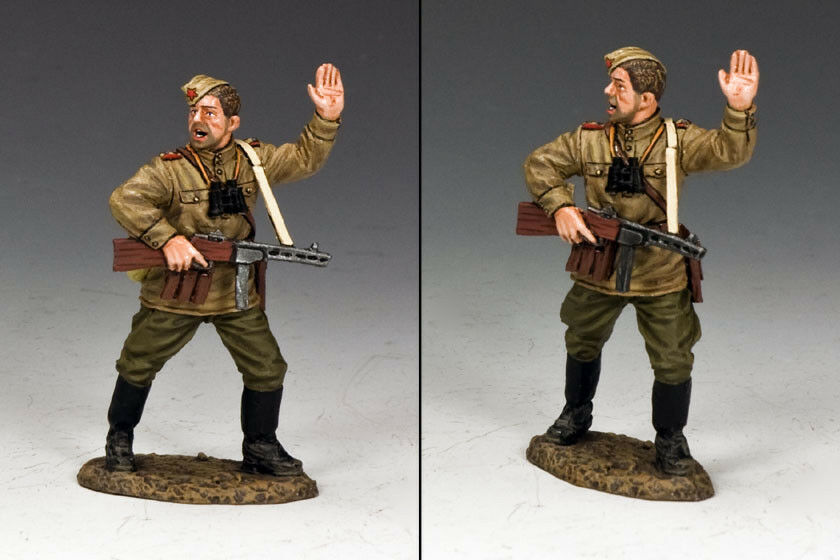 KING & COUNTRY FALL OF BERLIN RA050 RUSSIAN INFANTRY PLATOON LEADER MIB