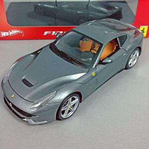 1-18-Mattel-Hot-Wheels-Heritage-Ferrari-F12-Berlinetta-Gris-BCJ74