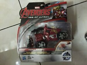 Marvel-Avengers-Age-of-Ultron-Thor-VS-ironman-r66-MIB
