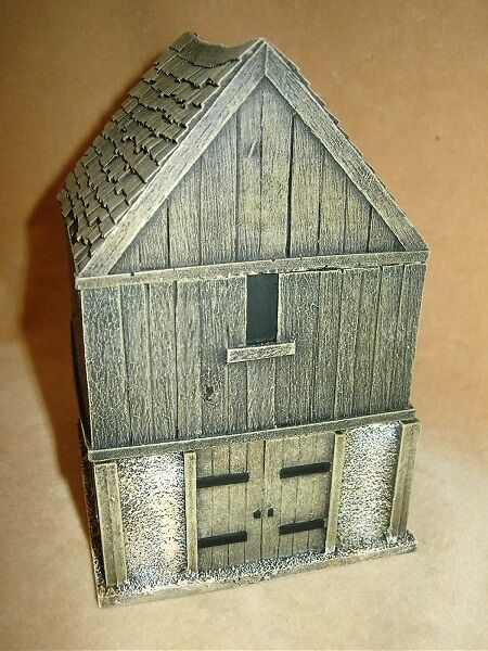 28MM PMC GAMES ME69 (PAINTED) TWO STORY OUTBUILDING BARN WOOD - MEDIEVAL