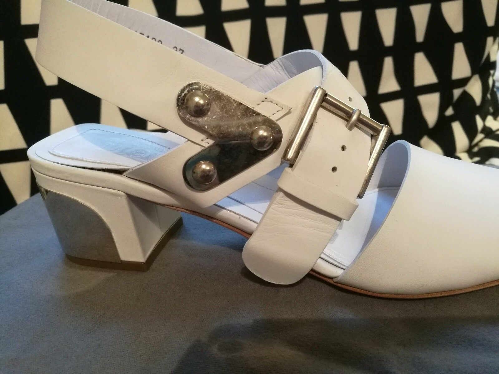 BRAND leather NEW ALEXANDER MCQUEEN Weiß leather BRAND sandals sz37 UK4  MADE IN ITALY e10470