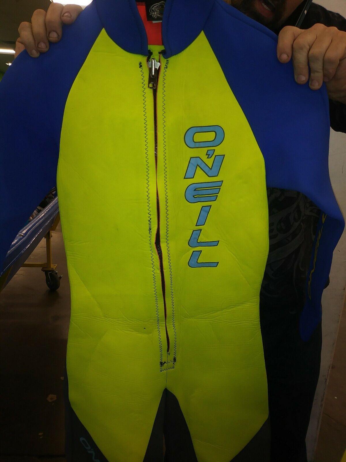 O'Neil Woherren Reactor Nahtlose Flexzonen 3 2 mm Body Wet Suit Scuba Dive