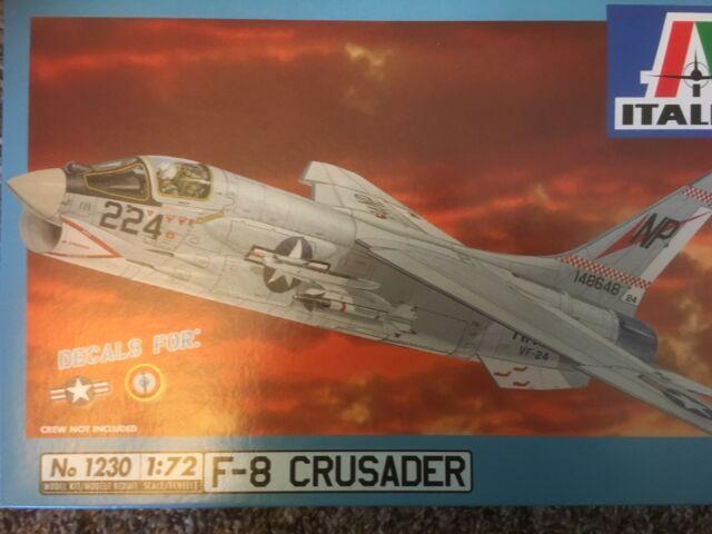 1230 Italeri F-8 Crusader US Navy  French Navy 1/72 model kit unbuilt inthe box