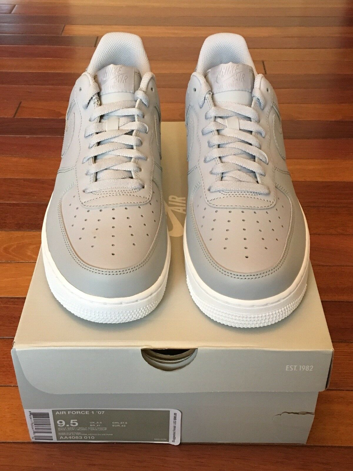Nike Air Grey-White Force 1 '07 AA4083-010 Wolf Grey/Wolf Grey-White Air Men's Size 9.5 707248