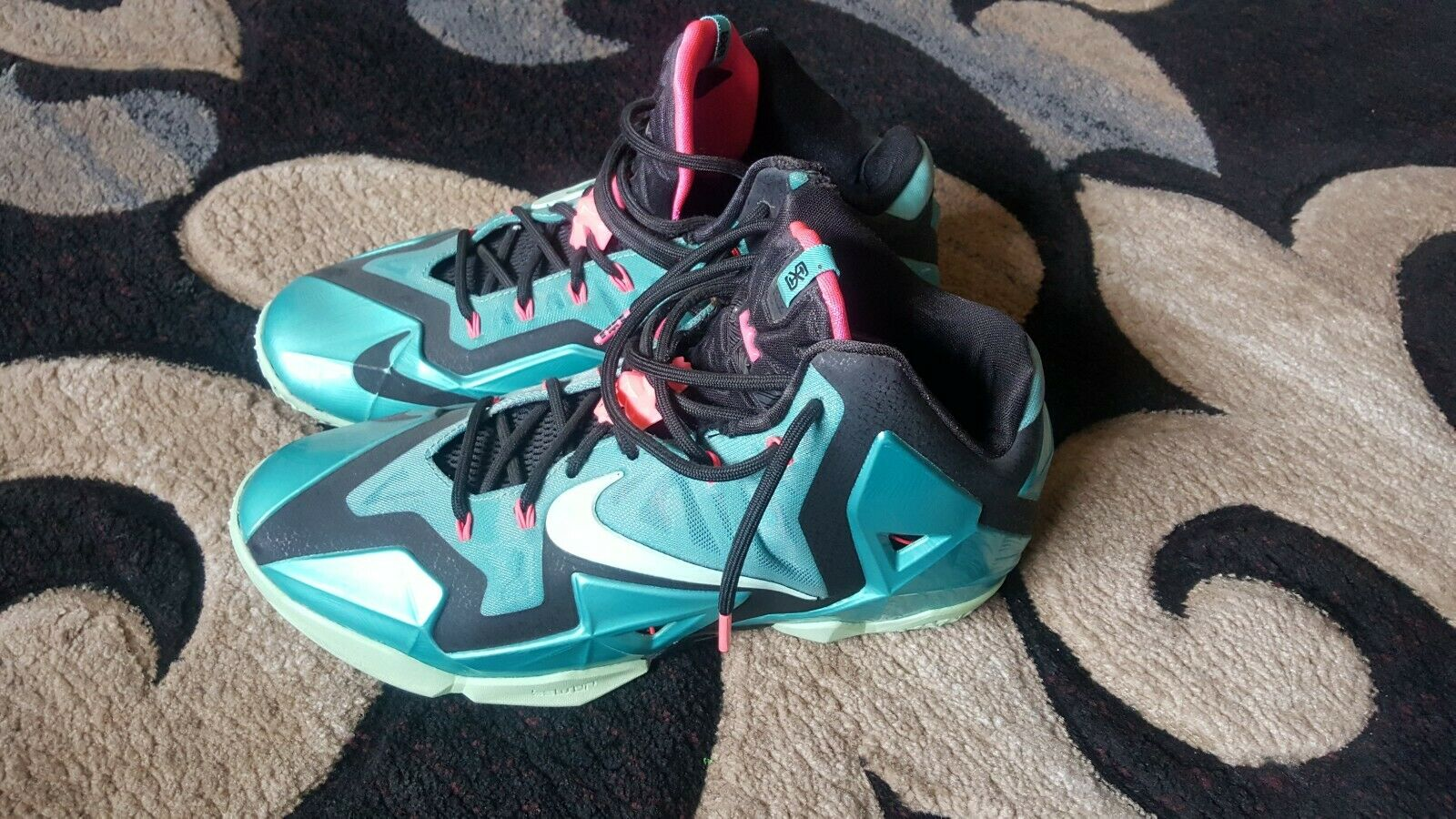 new style afcec 65a66 Used Nike Nike Nike LeBron 11 South Beach Size 11 Men s dedf93