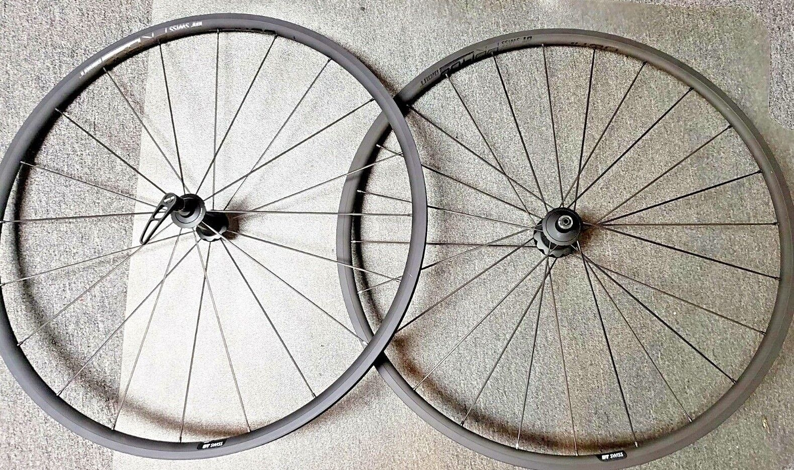 DT Swiss PR1400 DiCut Oxic wheel set