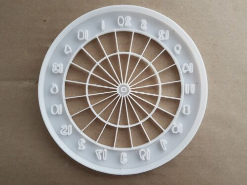 Dart Board Sport Game Pub Shape Cookie Cutter Dough Biscuit Pastry Fondant Stamp