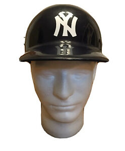 VTG-New-York-Yankees-USA-Made-1969-Baseball-Batting-Helmet-Full-Size-Replica
