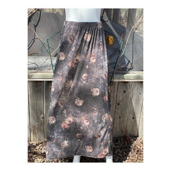 Vintage 90s Velvet Maxi Skirt Floral Cottagecore … - image 2