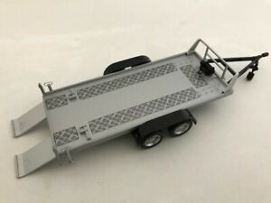 CARARAMA-157-002-CAR-TRAILER-two-axle-with-two-ramps-silver-1-43rd-scale