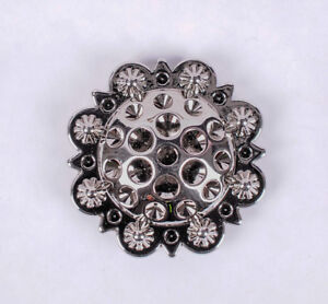Set-of-5-WESTERN-HORSE-SADDLE-TACK-1-3-8-034-Bright-Silver-BERRY-CONCHOS-screw-back