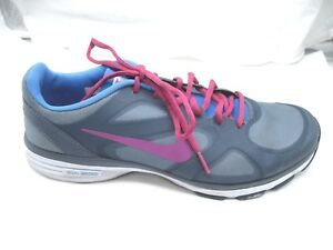 nike training max training excel 10M womens athletic gray pink running sneakers