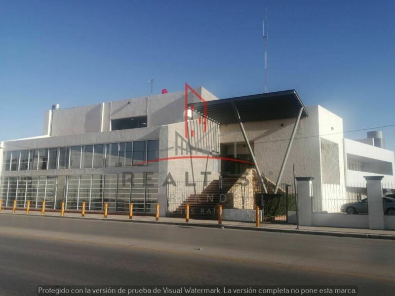 Oficinas AMUEBLADAS en Renta Córdova  Américas, Juarez 4,800 USD Tougot RMH