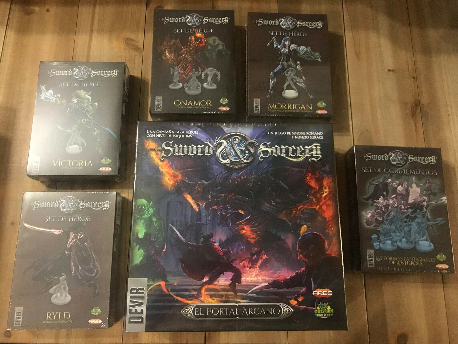 Set table SWORD and SORCERY - Set COMPLETE expansions - DEVIR Spanish