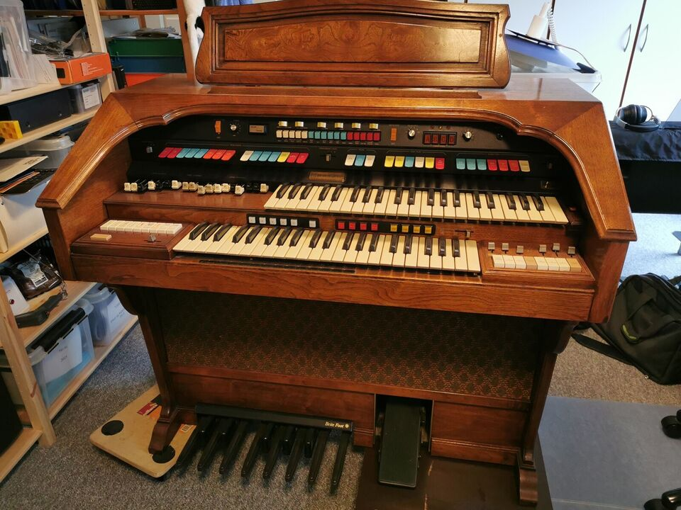 Hammondorgel, Hammond Aurora Classic 232100
