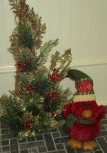 Grandin Road Adorable Christmas Wilderness Red Bird And