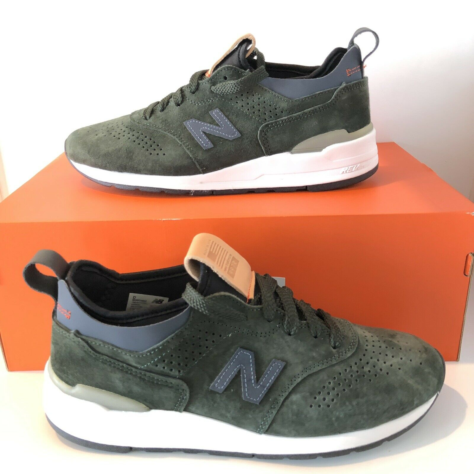 New Balance M997HB2 - Mens Size 8 - Made In USA - Brand new Women's 9.5 M997 997
