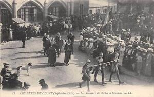 CPA-71-LES-FETES-DE-CLUNY-LES-SONNEURS-DE-CLOCHES-ET-MASSIERS