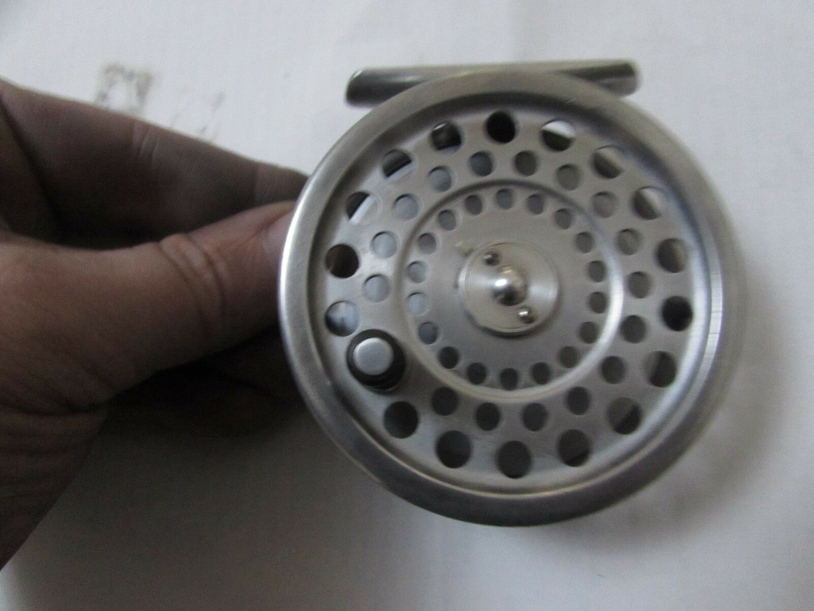 V good vintage Hardy Marquis no. 6 trout fly fishing reel 3.25