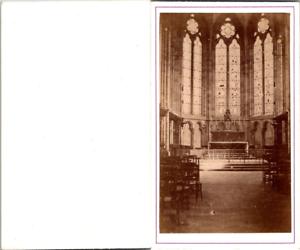 France-Eglise-gothique-a-identifier-vitraux-autel-Vintage-CDV-albumen-carte-d