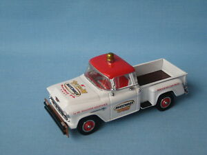 Matchbox Yesteryear 1955 Camionnette Chevrolet Hershey Toy Show 2001 Code blanc 2