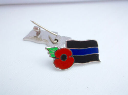 Thin Blue Line UK GB Police Officer COPS Remembrance Mourning Band Pin Badge
