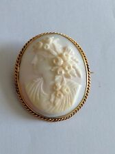 Charming Antique Victorian 9ct Gold Mounted Carved Angel Skin Coral Cameo Brooch