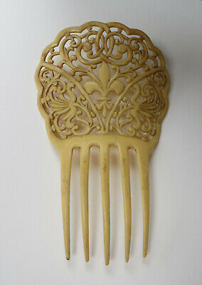 Di Animo Gentile Grande Stile Art Nouveau Crema In Plastica Colore Dei Capelli Pettine/accessorio Fleur De Lis-mostra Il Titolo Originale