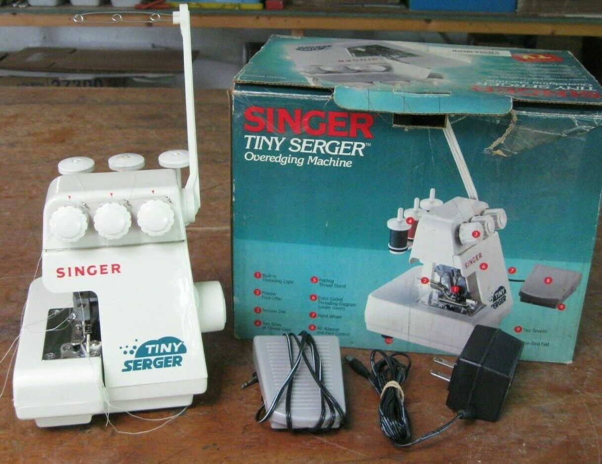 s l1600 - Singer Tiny Serger overedging sewing machine w/ instructions in box  TS380A