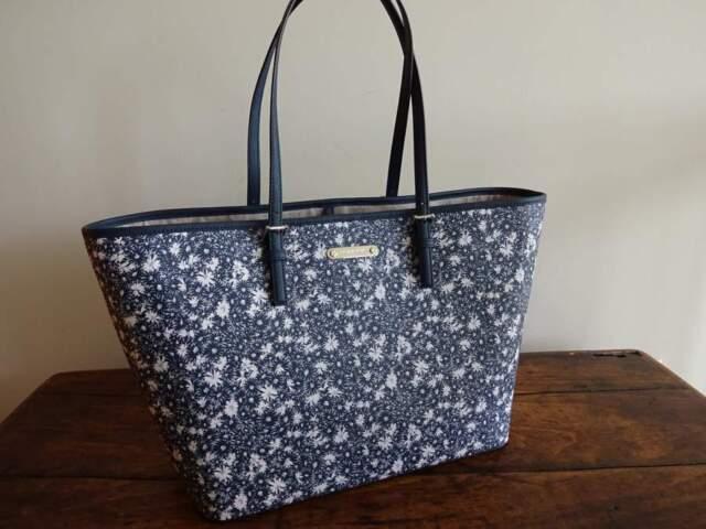 1d6f4f62becf Michael Kors Jet Set Travel Large Carryall Floral Navy Leather Tote Bag