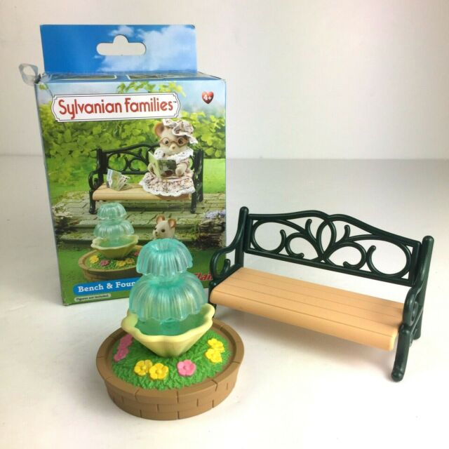 Sylvanian Families Bench and Fountain Complete Boxed Calico Critters 4535