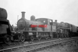 PHOTO-1961-SR-ADAMS-4-4-2-TANK-AT-EASTLEIGH-SHEDS-30583-IS-THE-LOCO-NOW-PRESERV