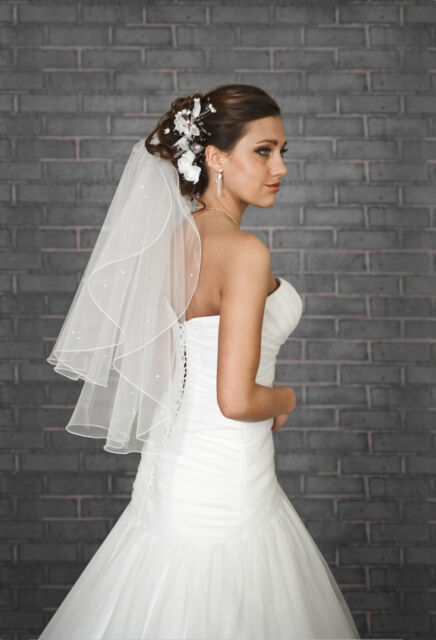 "NEW Women 2T White / Ivory Wedding BEADED Bridal Veil Waist Length 28""-PEARLS"