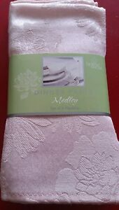 """NEW Home Wear Dinner Party Medley Set of 4 Napkins Pink 18""""x 18"""""""