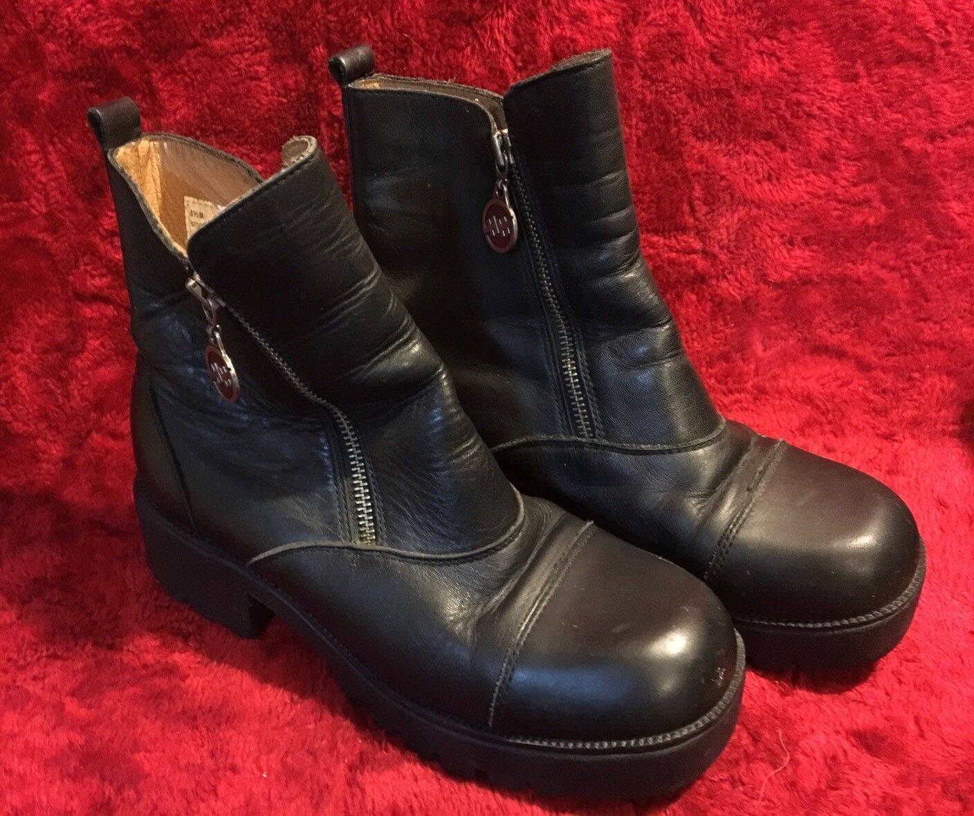 Women's Size 8.5 M Leather, Double Zipper Motorcycle Riding Boots