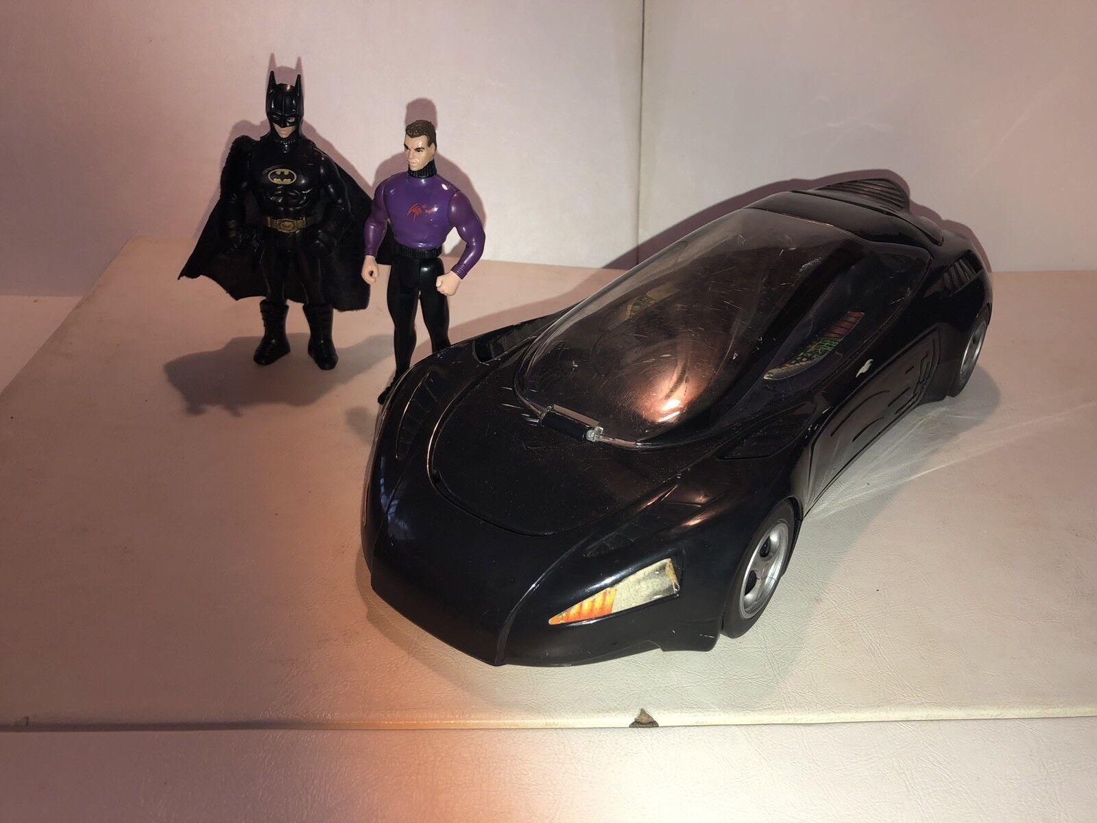 1992 Batman Sports Car + 2 Action Figures