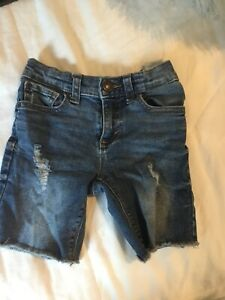old-navy-denim-short-4T