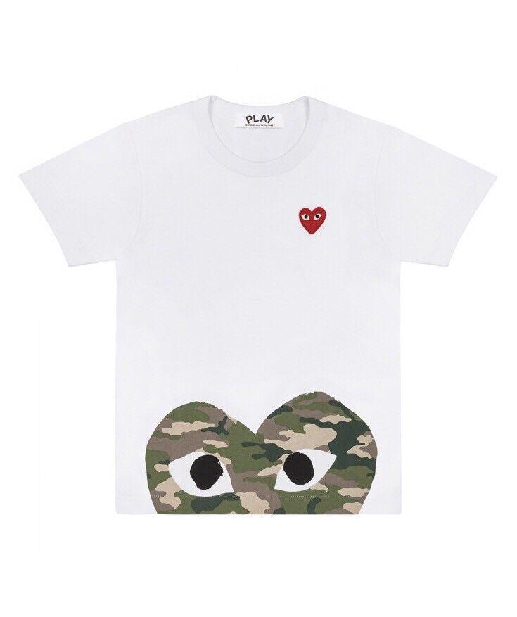Commes des Garçons Play Camoflauge Heart Peek T-Shirt Sz L