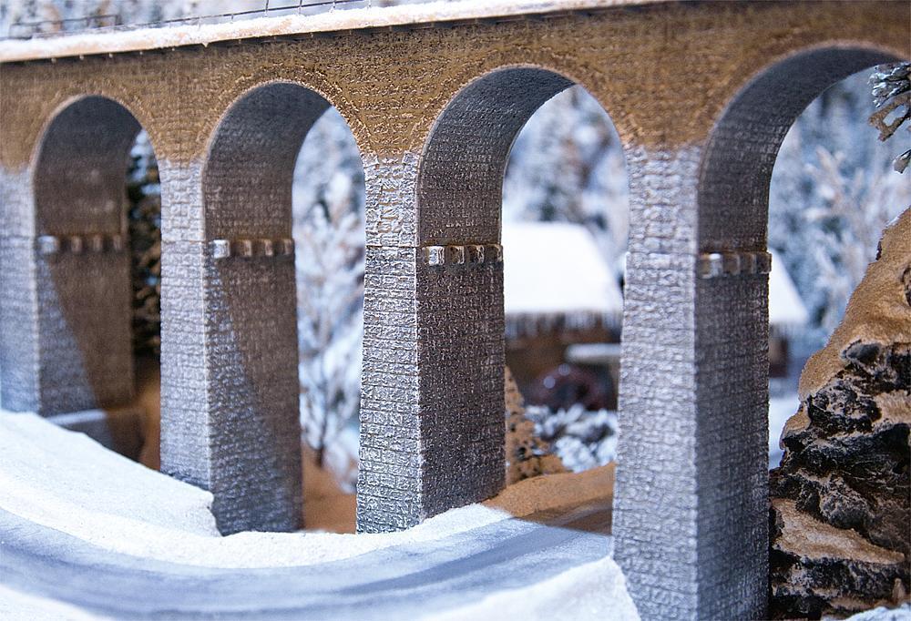 Pilares de Faller 120479 3 de viaducto