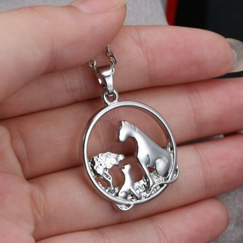 Stainless Steel Mother/'s Day Gift Family Engraved Letters Love Pendant Necklace