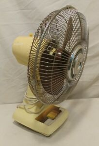 """Vintage Super Deluxe 3-Speed 16"""" Oscillating Fan Model CM-304 Tested and Works"""